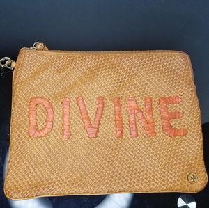 Tory Burch Woven Divine Pouch Peanut Leather Clutc